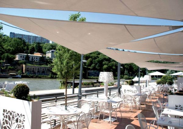 restaurant-toile-terrasse